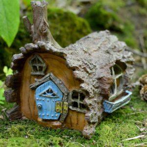 Maison de fée rondin de bois pour jardin de fées