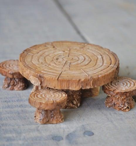 Table et Tabourets Miniatures