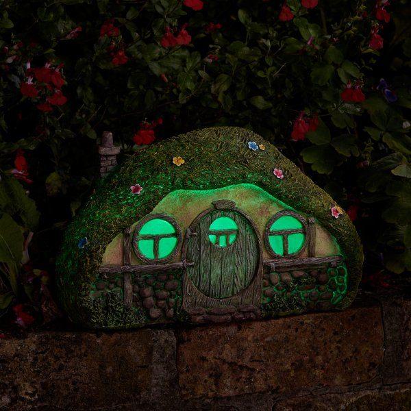 Maison de hobbit décoration jardin