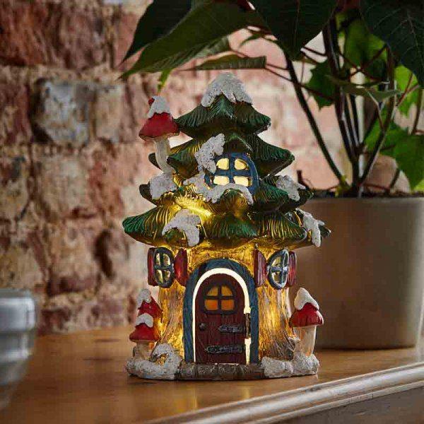 Petite maison de noel lumineuse sapin