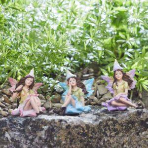 Figurines miniatures nymphes des fleurs